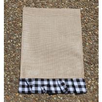 Garden Flag (Blk & White Plaid Rectangle)